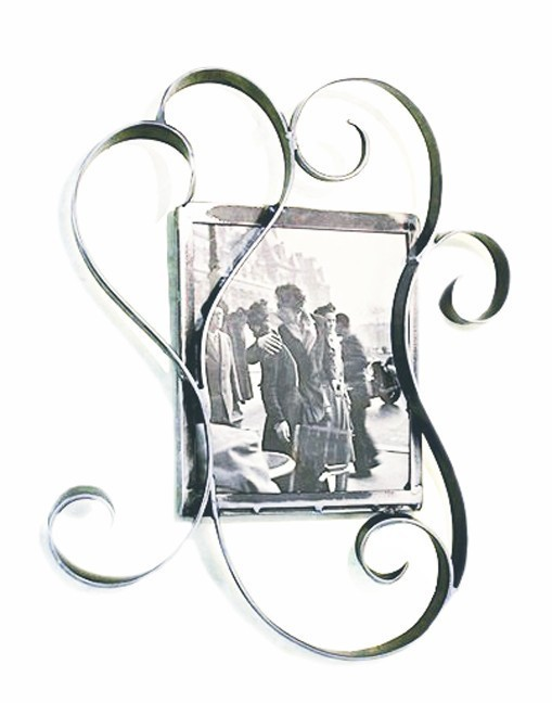 Handcrafted Wrought Iron Photo Frame Hotel Deville