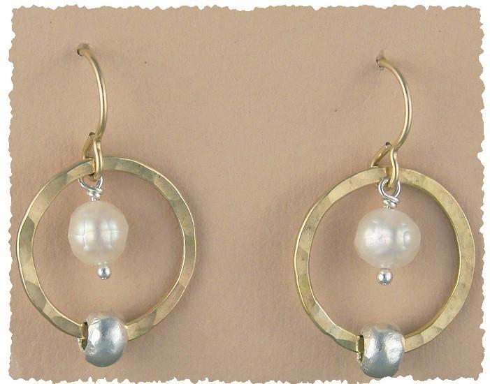 Pearl 14kt Goldfilled Hoop w/ Sterling Bead Earring