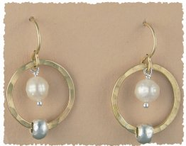 Pearl 14kt Goldfilled Hoop w/ Sterling Bead Earring