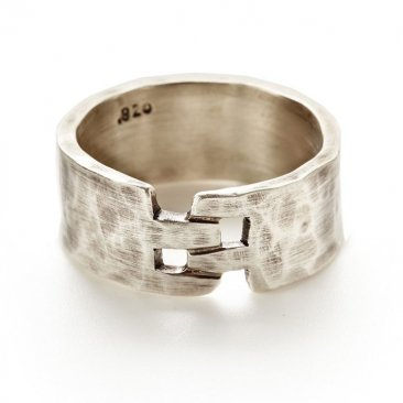 Unisex Hammered Sterling Locking Band