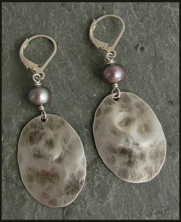 Lilac Pearl & Distressed Oxidized Sterling Oval Earring